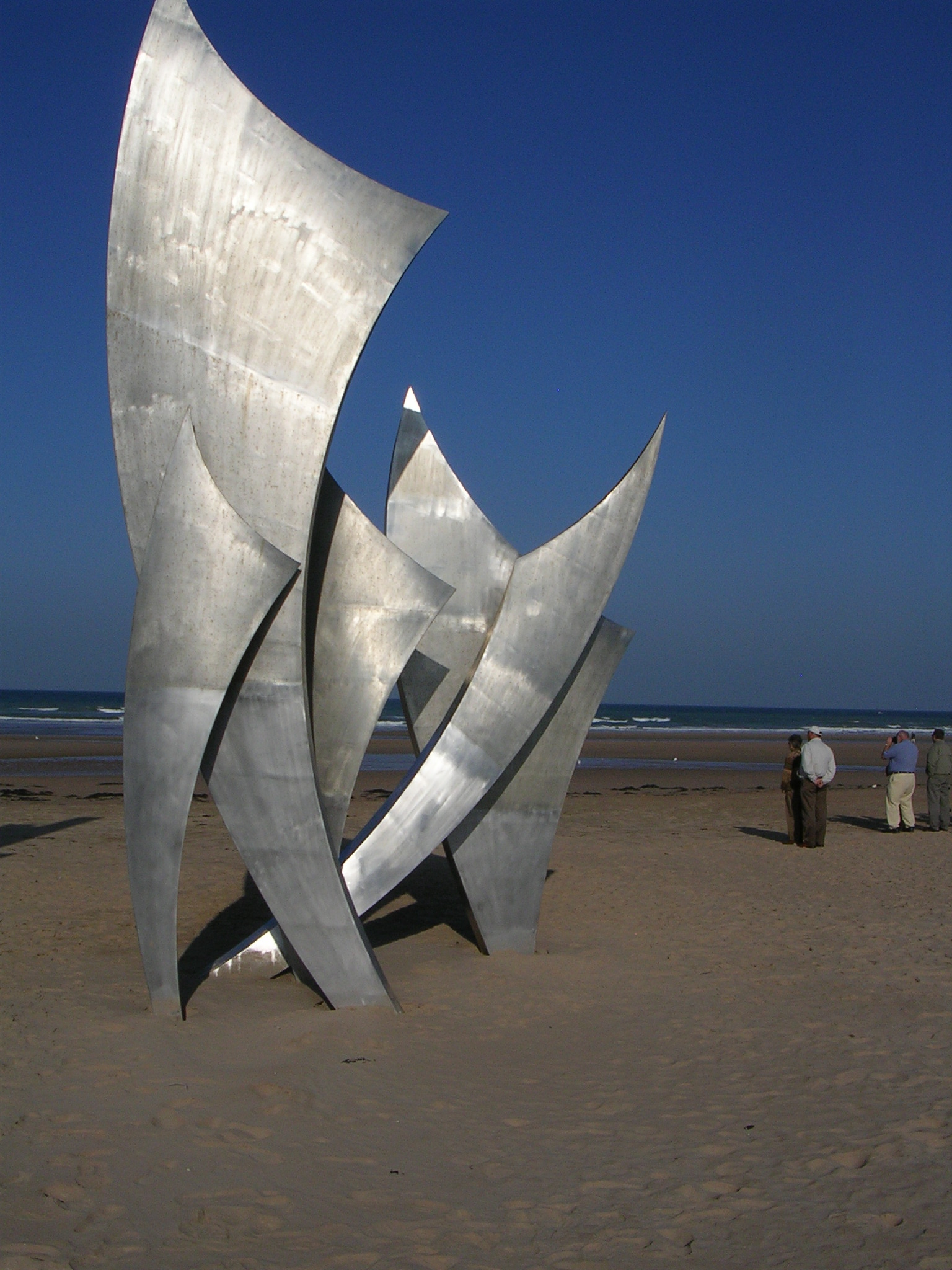 Sculpture on Normandy Beach honoring the dead